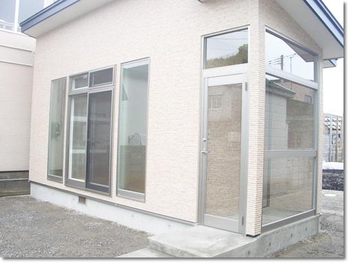 【リフォーム施工事例】鰺ヶ沢町H様邸増築及び防風柵新設工事